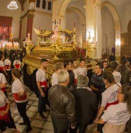 preparacion-salida-procesion-costaleros-serafin-moral-recortada